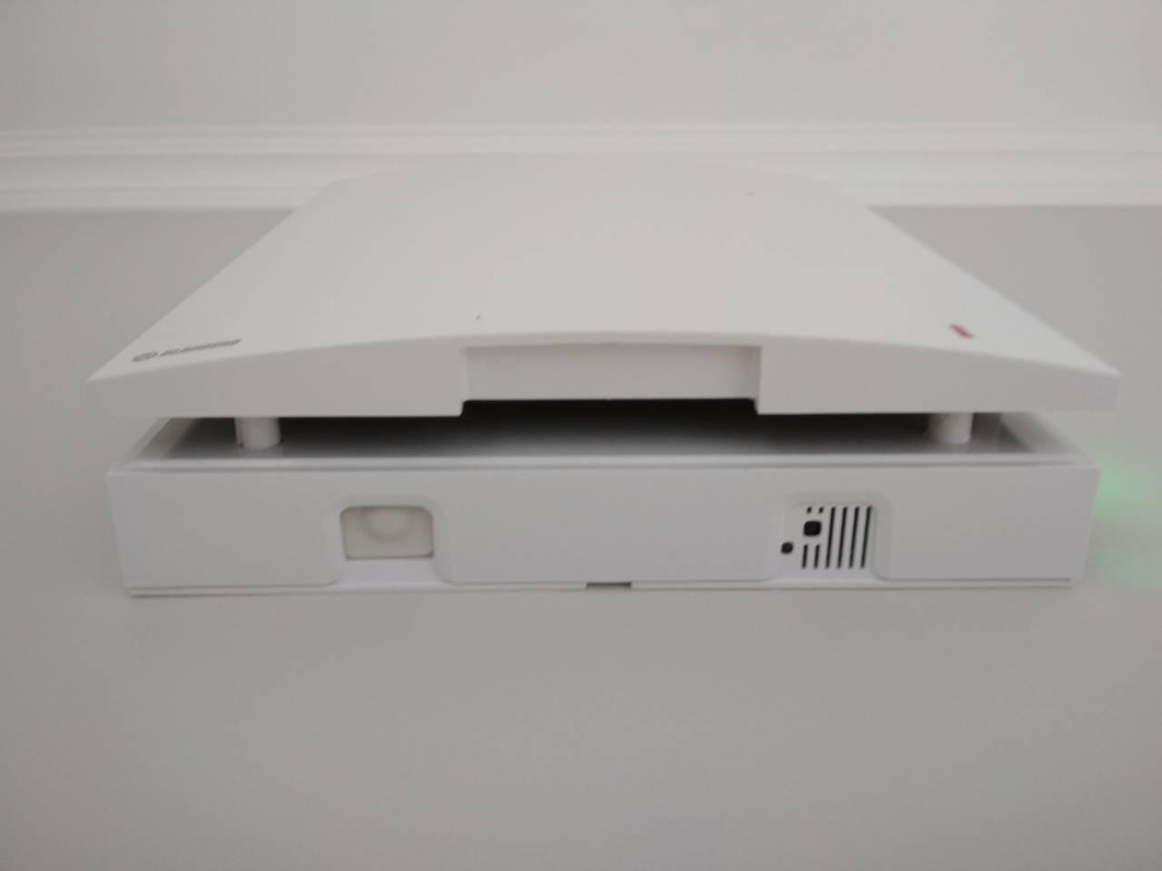 Установка стенового рекуператора воздуха Blauberg Vento Expert.